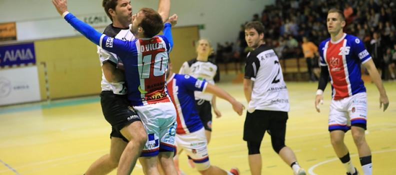 Agustinos salva un empate