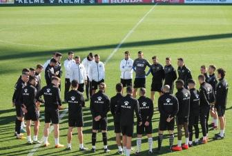 Pedro Torres con el primer equipo